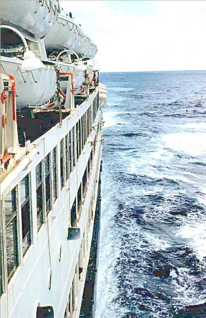 Connaitre la mer et les navires - chroniques et actu - Page 2 3003615337_1_23_W5YP4eiP